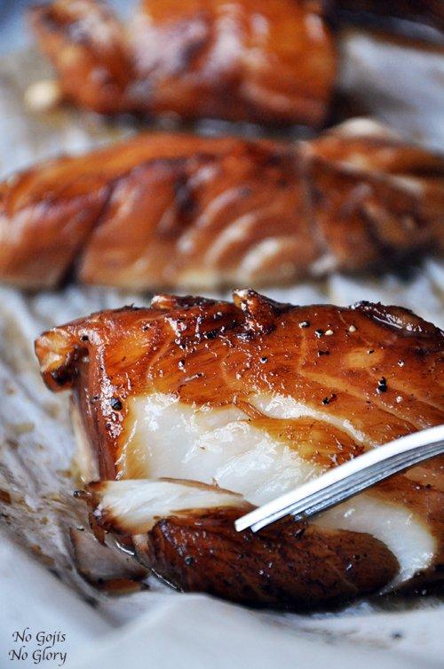 Bacalao al horno marinado con miel